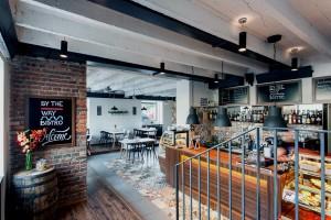 truhlarstvi-nábytek-restaurace-bistro-01