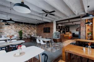truhlarstvi-nábytek-restaurace-bistro-05