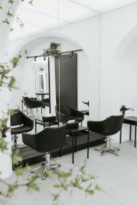 kadernicky-salon-vyroba-interier-nabytek-jindrisska-03